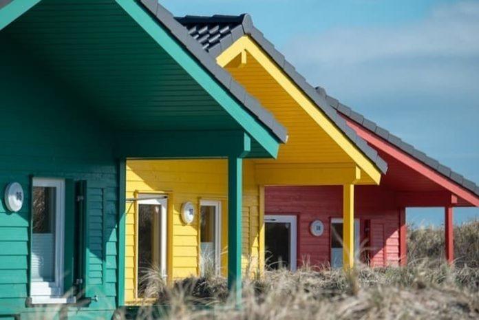 Décoration intérieure, couleur flashy, tendance 2018