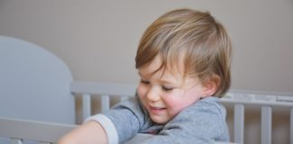 Décoration intérieure, lit bébé évolutif, meilleur lit bébé évolutif